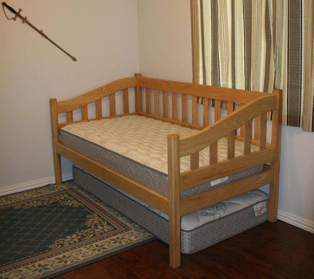 Simple Trundle Bed